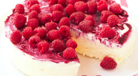 whipped cream raspberries